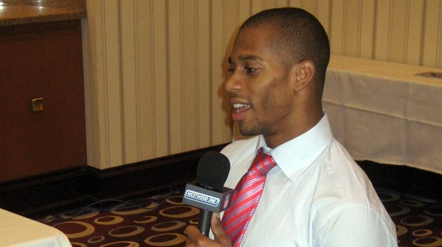 Victor Cruz Interview
