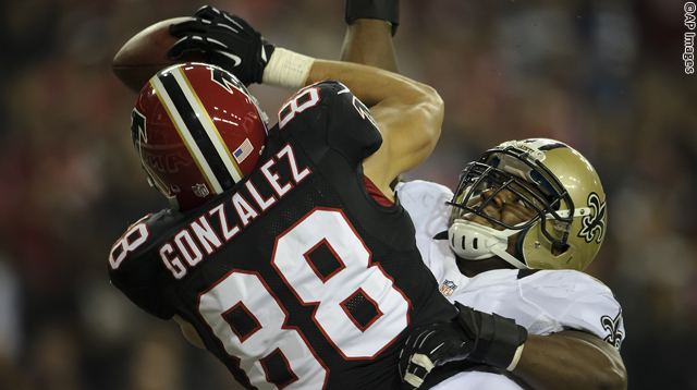 Tony Gonzalez, Curtis Lofton