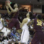 Andre Hollins drives_Minnesota - UCLA_2