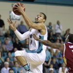 Winthrop Eagles Coastal Carolina Chanticleers