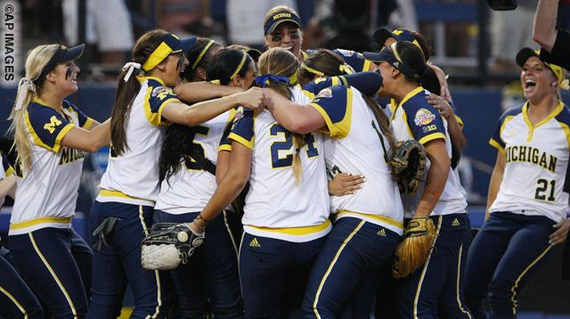 WCWS Florida Michigan Softball