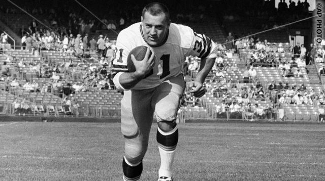 Jim Taylor, Green Bay Packer fullback, is shown prior to game with Minnesota Vikings, Oct. 14, 1962, Minneapolis, Minn. (AP Photo)