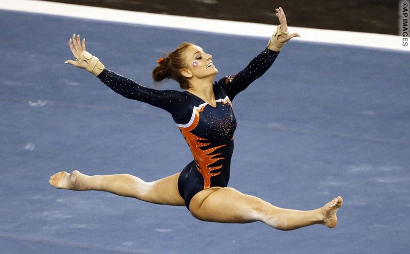 Auburn's Lexus Demers performs her floor exercise routine during the NCAA women's Gymnastics Championships Friday, April 17, 2015, in Fort Worth, Texas. (AP Photo/Tony Gutierrez)