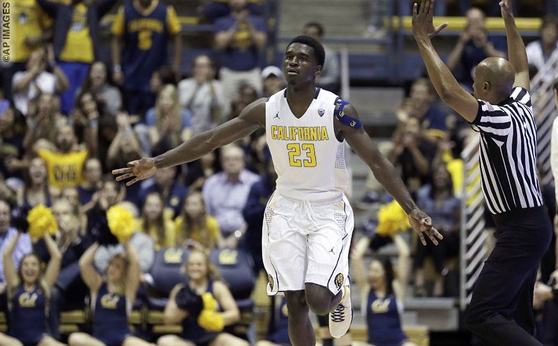 California's Jabari Bird celebrates a score against Oregon in the first half of an NCAA college basketball game Thursday, Feb. 11, 2016, in Berkeley, Calif. (AP Photo/Ben Margot)