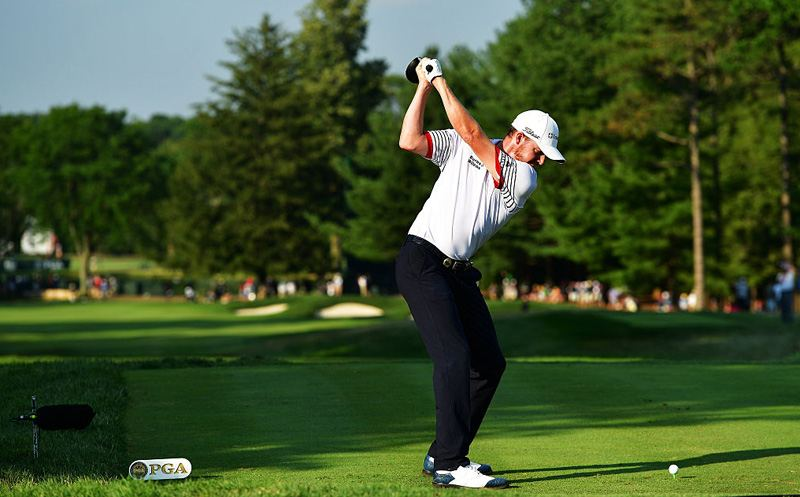 SPRINGFIELD, NJ - JULY 29:  Jimmy Walker of the United States plays his shot from the 18th tee during the second round of the 2016 PGA Championship at Baltusrol Golf Club on July 29, 2016 in Springfield, New Jersey.  (Photo by Stuart Franklin/Getty Images)