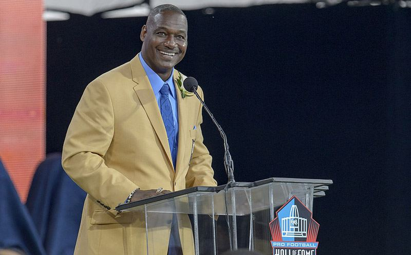 CANTON, OH - AUGUST 2: Former Tampa Buccaneers linebacker Derrick Brooksgives his speech during the NFL Class of 2014 Pro Football Hall of Fame Enshrinement Ceremony at Fawcett Stadium on August 2, 2014 in Canton, Ohio. (Photo by Jason Miller/Getty Images)