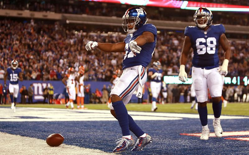EAST RUTHERFORD, NJ - NOVEMBER 14:  Sterling Shepard #87 of the New York Giants celebrates after scoring a touchdown against the Cincinnati Bengals during the fourth quarter of the game at MetLife Stadium on November 14, 2016 in East Rutherford, New Jersey.  (Photo by Michael Reaves/Getty Images)