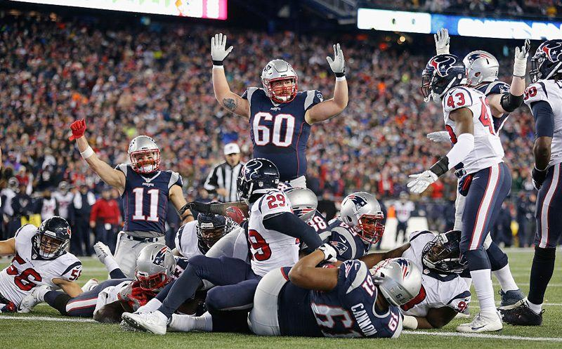FOXBORO, MA - JANUARY 14:  Dion Lewis #33 of the New England Patriots scores a touchdown in the fourth quarter against the Houston Texans during the AFC Divisional Playoff Game at Gillette Stadium on January 14, 2017 in Foxboro, Massachusetts.  (Photo by Jim Rogash/Getty Images)