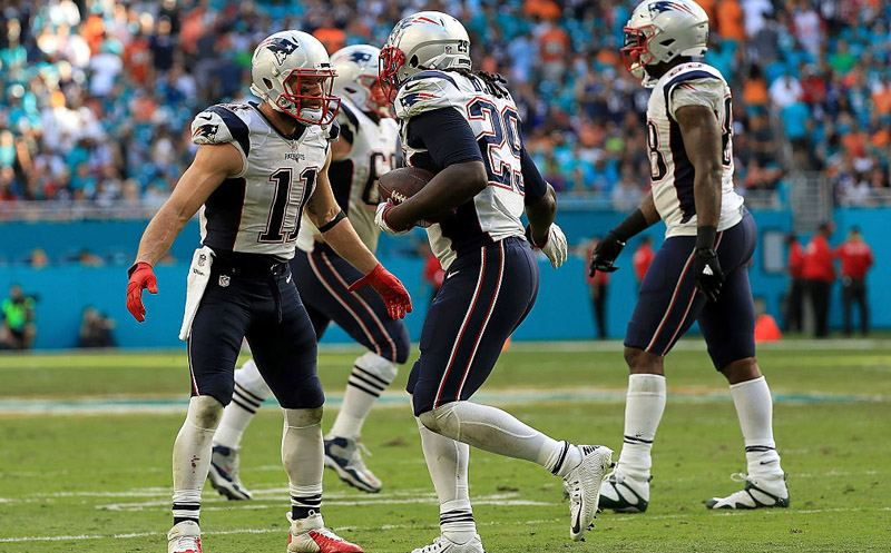 MIAMI GARDENS, FL - JANUARY 01:  LeGarrette Blount #29 of the New England Patriots celebrates a touchdown during a game against the Miami Dolphins at Hard Rock Stadium on January 1, 2017 in Miami Gardens, Florida.  (Photo by Mike Ehrmann/Getty Images)