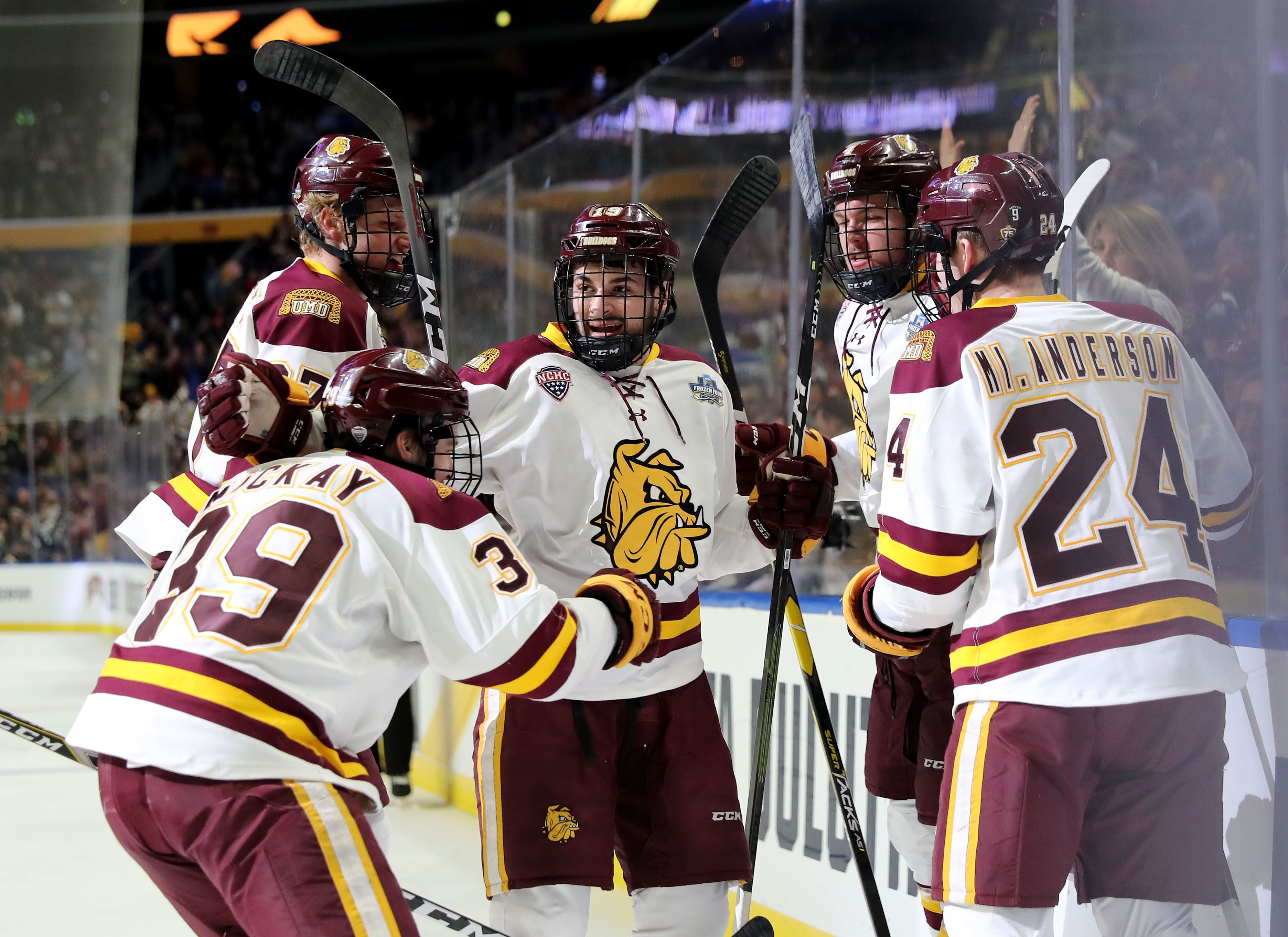 Umass Vs Minnesota Duluth Men S Ice Hockey National Championship